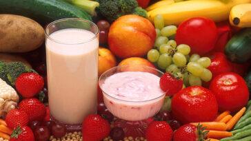 frutas iogurte11 364x205 - Alimentos que saciam Mais!