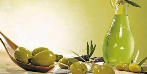 azeite de oliva beneficios Umectação Para Cabelos Crespos e Cacheados