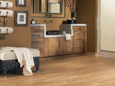 piso laminado no banheiro - Chique e elegante!!!