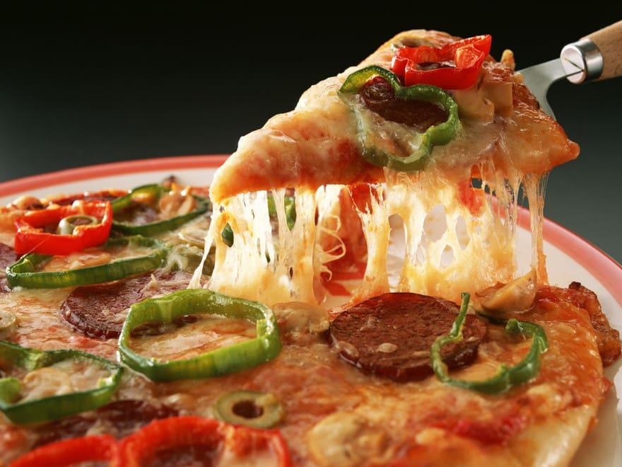 pizza - Os 10 Piores Alimentos Para Sua Saúde ( Parte 3)