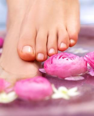 pes bem cuidados hidratados Receitinha caseira para hidratar os pés