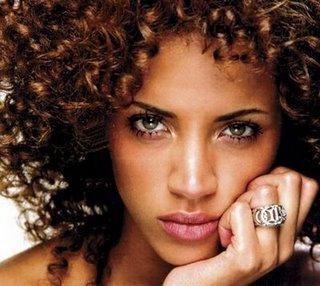 Receitas Caseiras Para Cabelos Cacheados: Leave ins, Livro Curly Girl