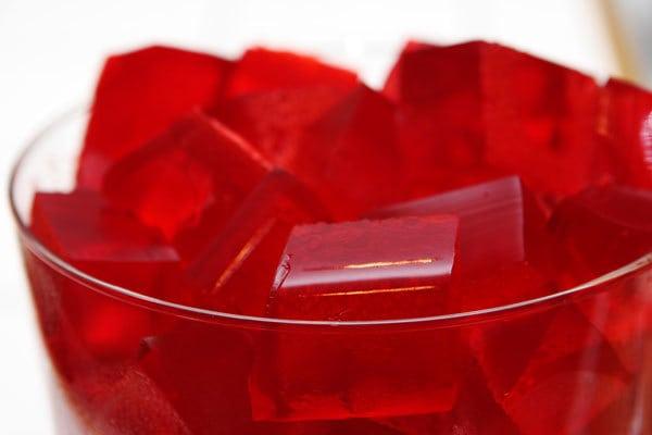gelatina cubos 600 - Alimentos com colágeno para acabar com a flacidez
