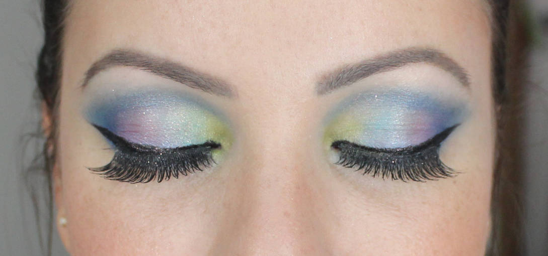 color eyer Tutorial: Maquiagem Colorida para arrasar no Carnaval