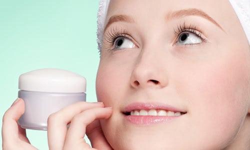 usar creme anti idade Quando Começar a Usar Antirrugas?