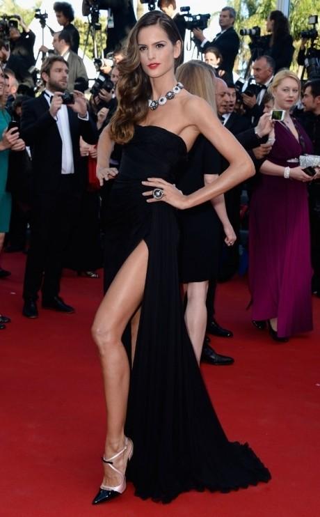 NOT izabel goulart capricha na fenda para red carpet de cannes1369418890 460 742 - Inspire-se nos vestidos das brasileiras em Cannes