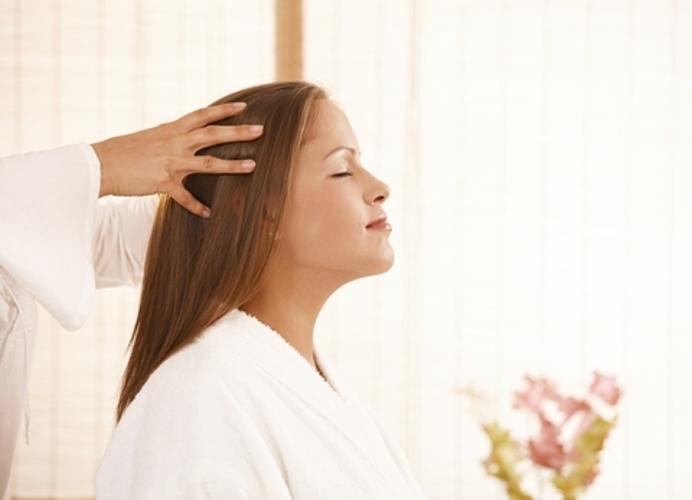 godivahair saloes beleza curitiba 1 17818450 9 Massagem capilar ajuda no fortalecimento dos fios e relaxa