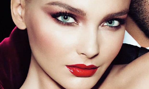 pele radiante maquagem1 - Aprenda 5 truques de beleza das celebs