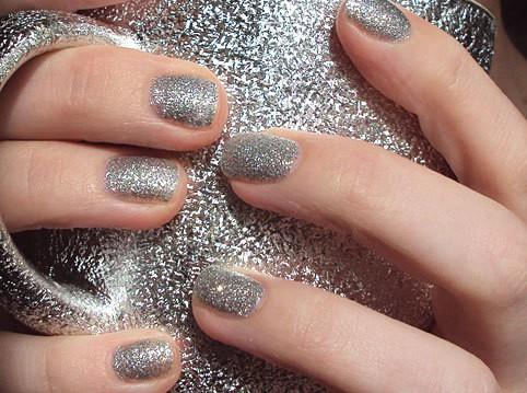 unhas-glitter-prateadas