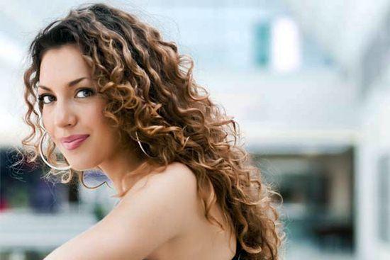 459823 Como cuidar do cabelo cacheado corretamente 1 - 7 Dicas Pra Ter Fios Mais Fortes!