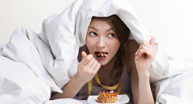 comer a noite 650x350 - O que comer à noite?