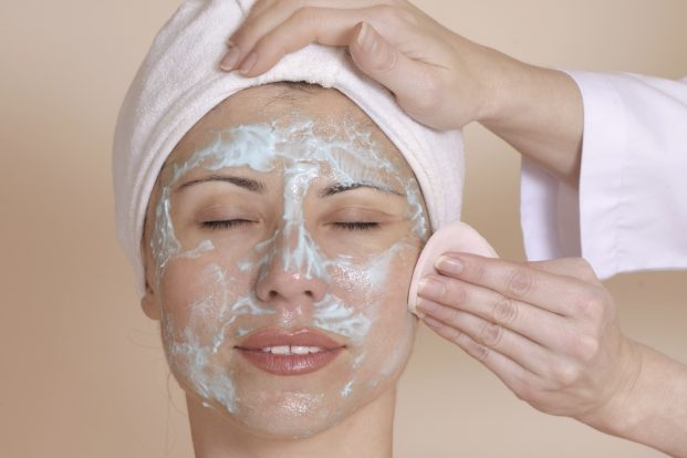 Como cuidar da pele nos dias quentes