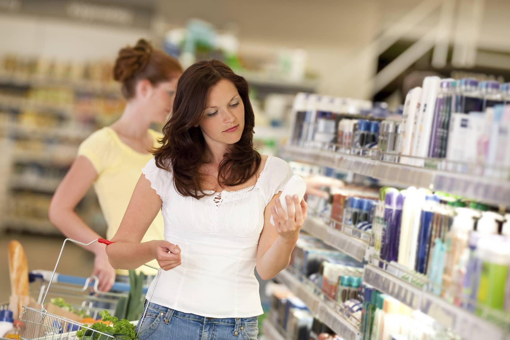 O que acontece com os cosméticos após o vencimento?