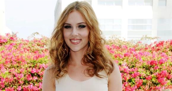 Scarlett Johansson cabelo